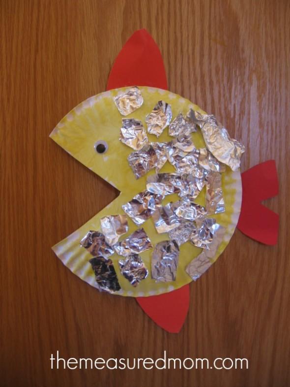 letter F paper plate foil fish