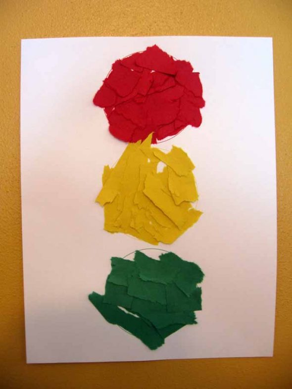 letter T torn paper traffic light