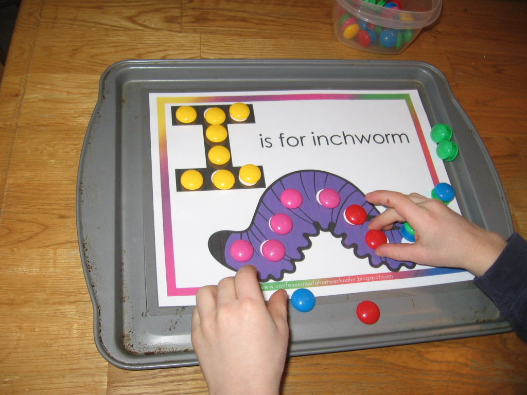 inchworm magnet page