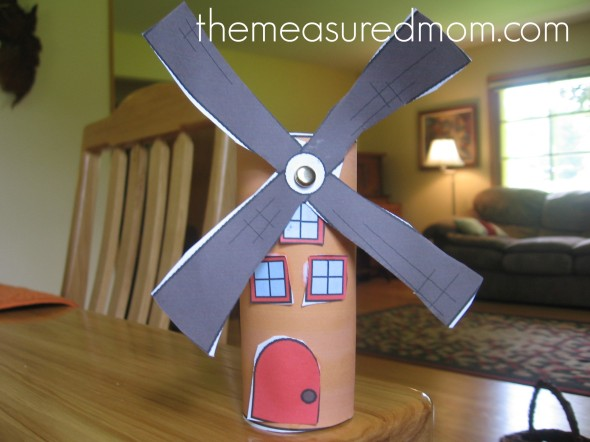 letter W windmill toilet paper roll craft