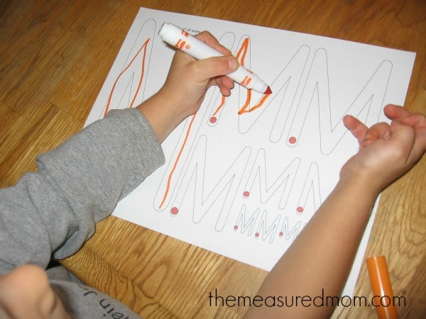 fun handwriting practice for preschoolers (7) - the measured mom