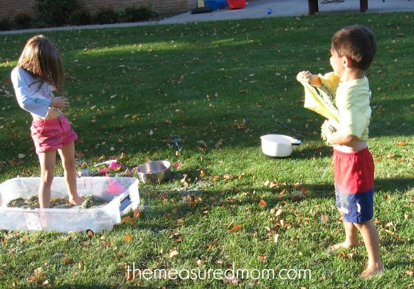 N is for noodles sensory play (13) - the measured mom
