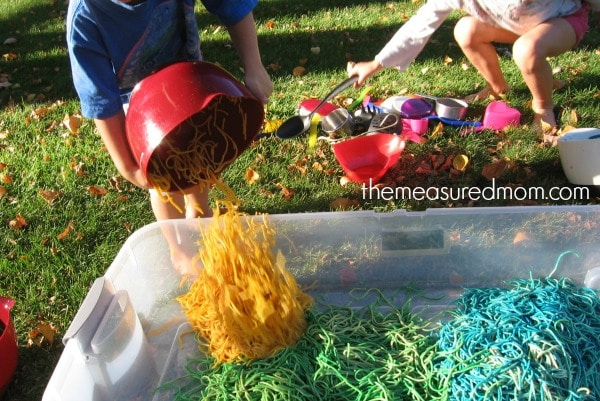 N is for noodles sensory play (7) - the measured mom