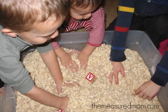 teach short a with sensory play (4) - the measured mom