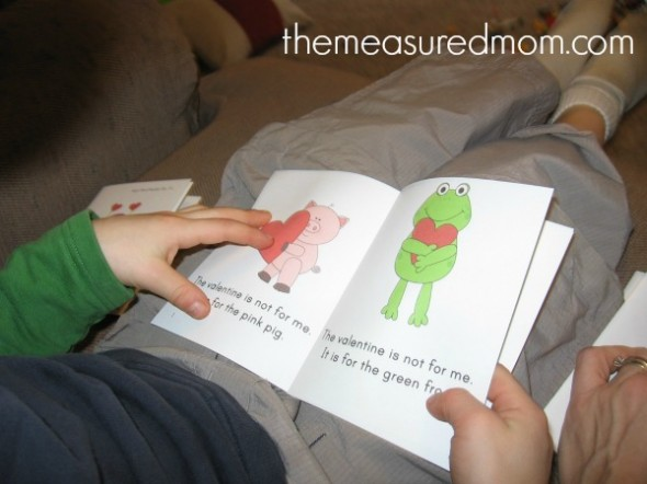 Check out these four adorable (FREE!) Valentine's Day emergent readers from The Measured Mom.