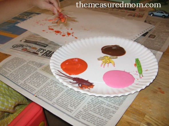 Check out this amazing collection of art projects for preschoolers! You'll find a lot of open ended activities in this group of projects for letter B.