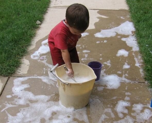 b1a5a62fb Bubbles make a great outdoor play activity! Here are seven fun ways to  create and