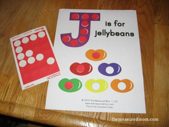 Get our free letter J printable - J is for jellybean!