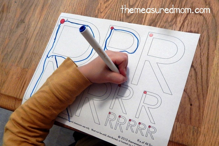 the letter R 4