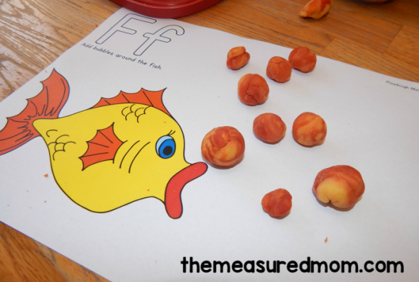 This post has a huge variety of fun, hands-on (and free!) letter F activities for preschool.