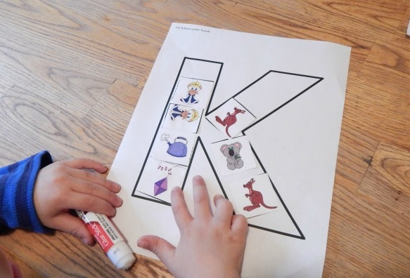 Check out these fun letter K activities perfect for preschool!