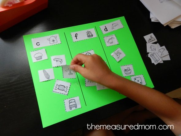 picture sort for beginning sounds 2