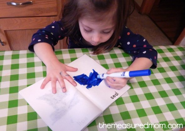 Check out this collection of fun letter S activities for 2-year-olds!