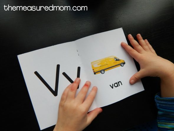 Check out this collection of simple letter V activities for 2-year-olds!