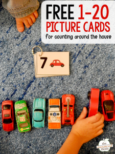 child counting cards