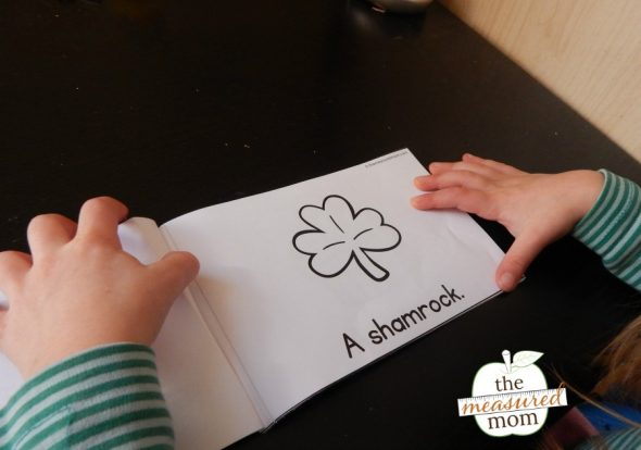Print this set of 3 FREE St. Patrick's Day emergent readers!